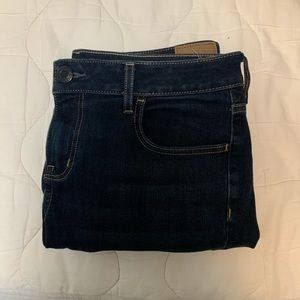 American Eagle Dark Wash Jegging